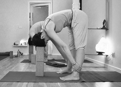 yoga restaurativo madrid